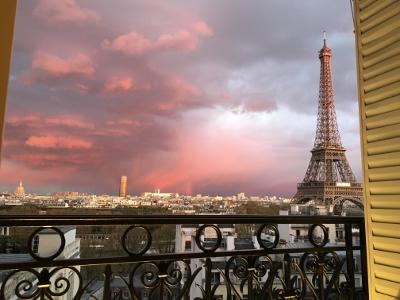 """Top Ten"" Things to Do in Paris"