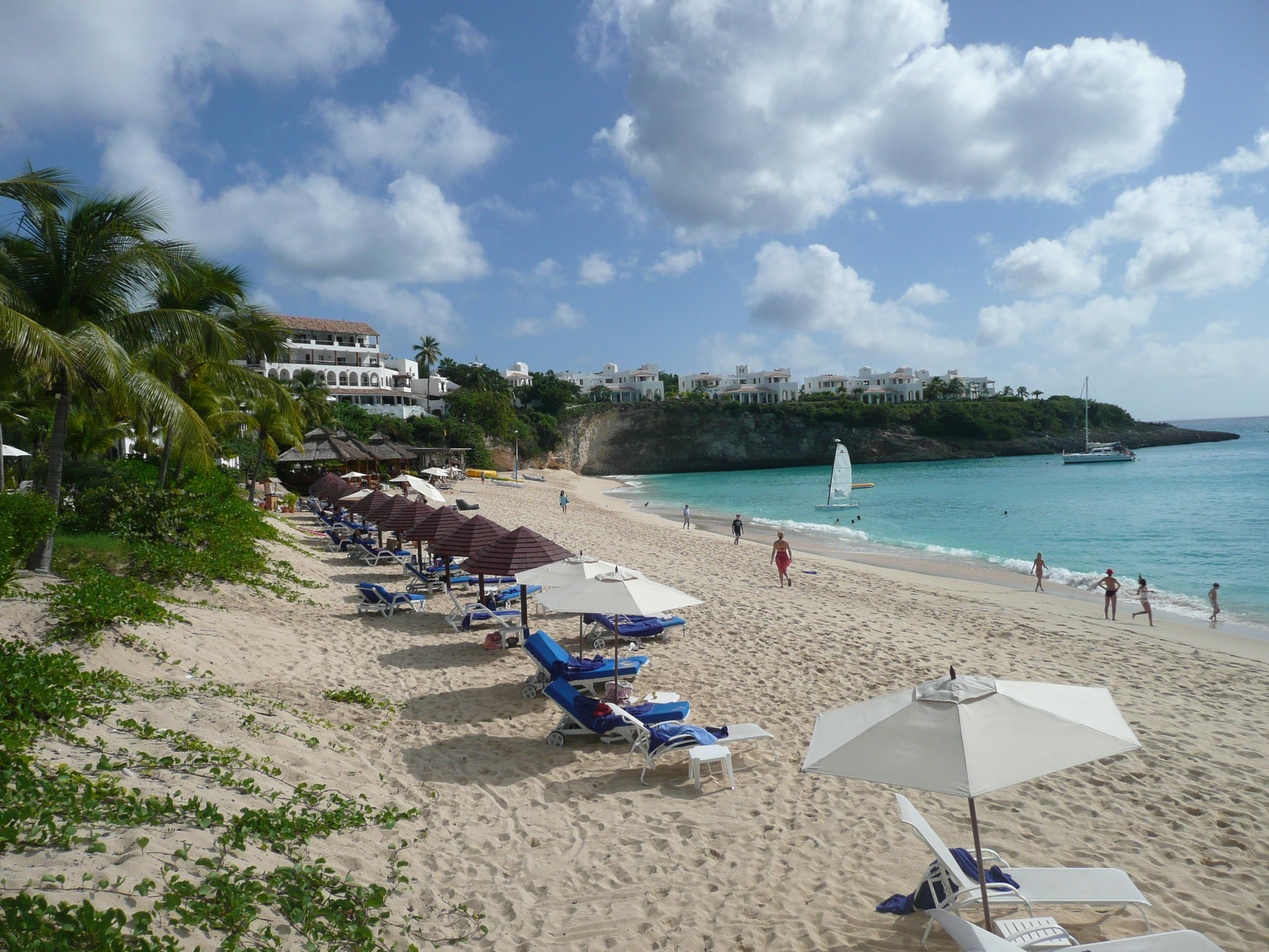 The Dutch/French Island (St. Maarten/St. Martin)