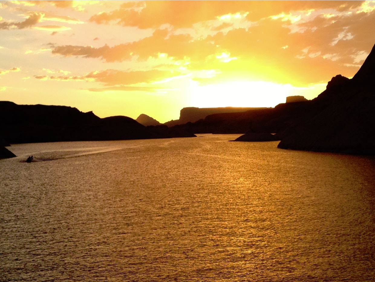 Lake Powell, an Aquatic Paradise