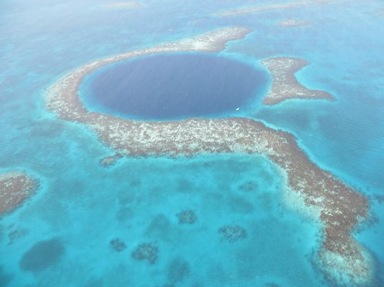 A Belizean Beauty– Come fly with us to the Great Blue Hole