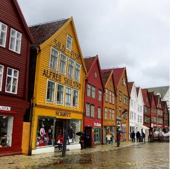 Bergen, Gateway to the Norway Fjords