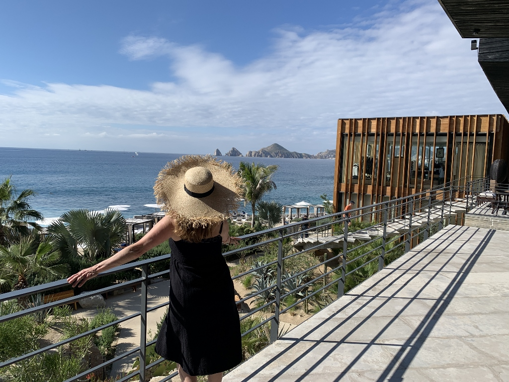 Winter Vacation Escape to Los Cabos!